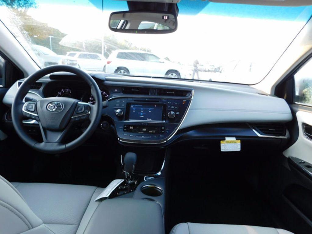 2018 Toyota Avalon Limited - 16765784 - 11