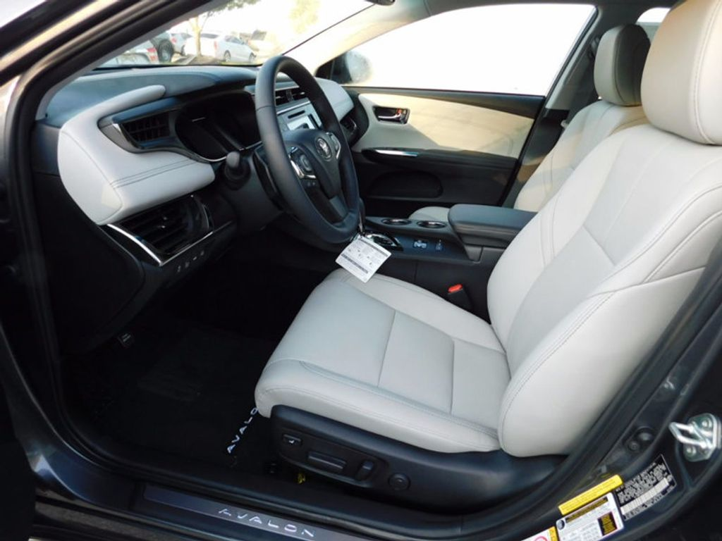 2018 Toyota Avalon Limited - 16765784 - 13