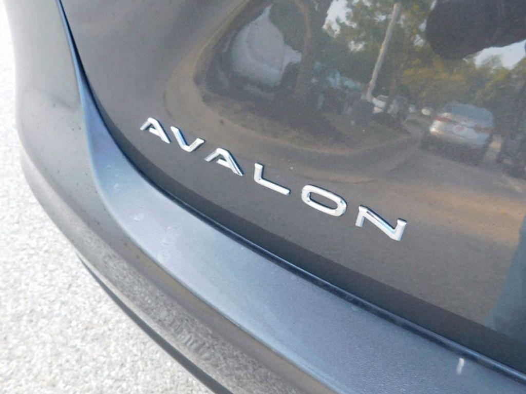 2018 Toyota Avalon Limited - 16765784 - 3