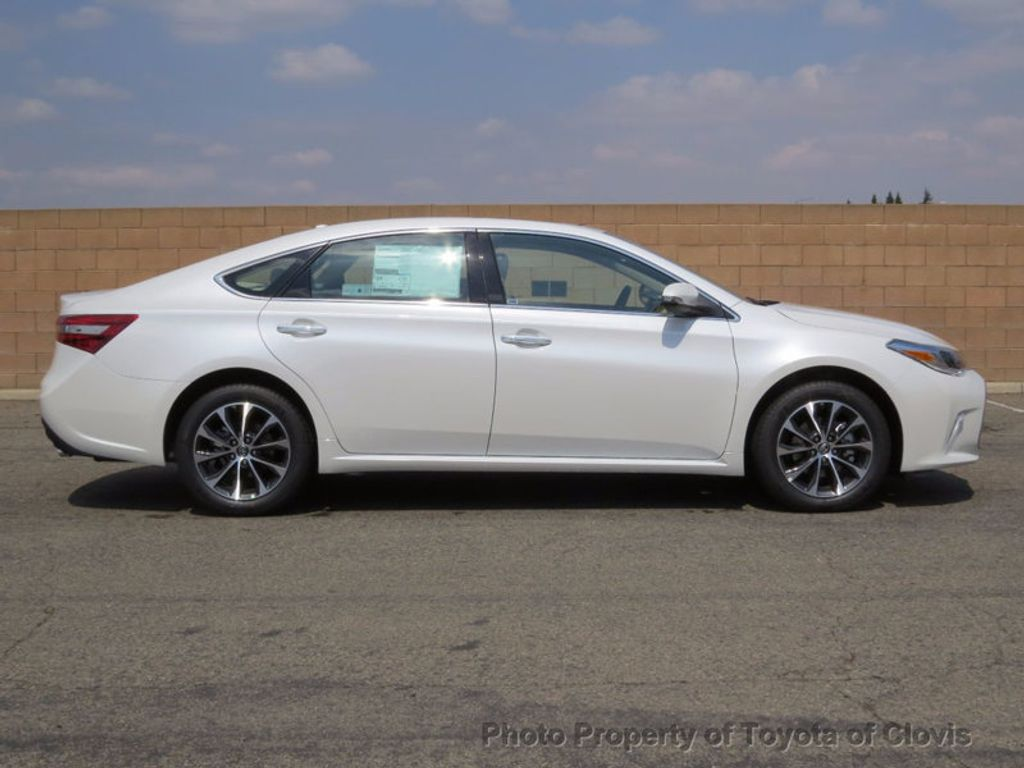 2018 Toyota Avalon XLE Plus - 16772315 - 1