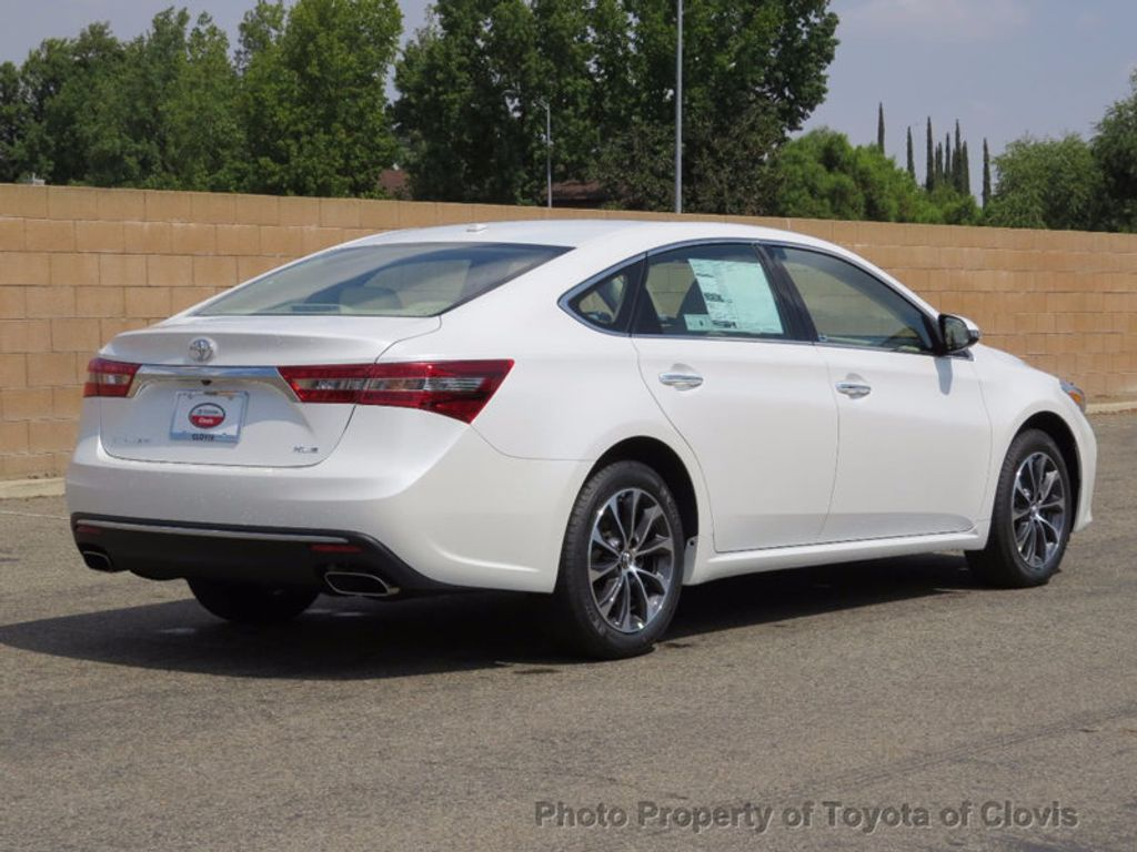2018 Toyota Avalon XLE Plus - 16772315 - 2