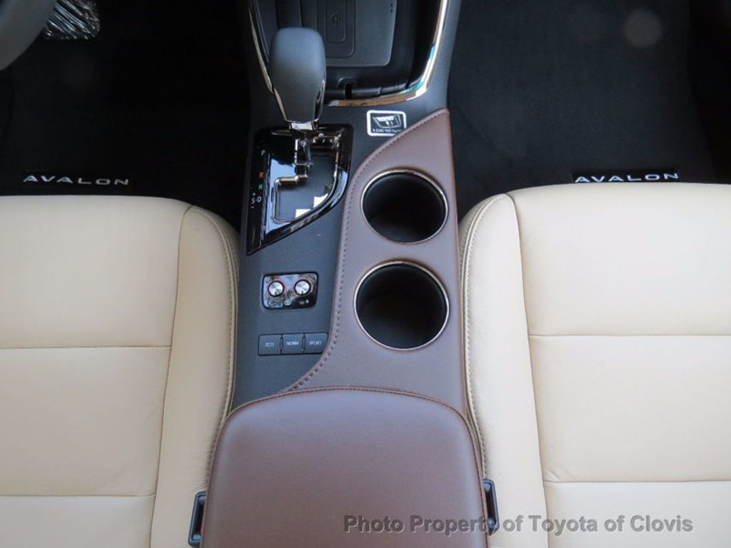2018 Toyota Avalon XLE Premium - 16842359 - 15