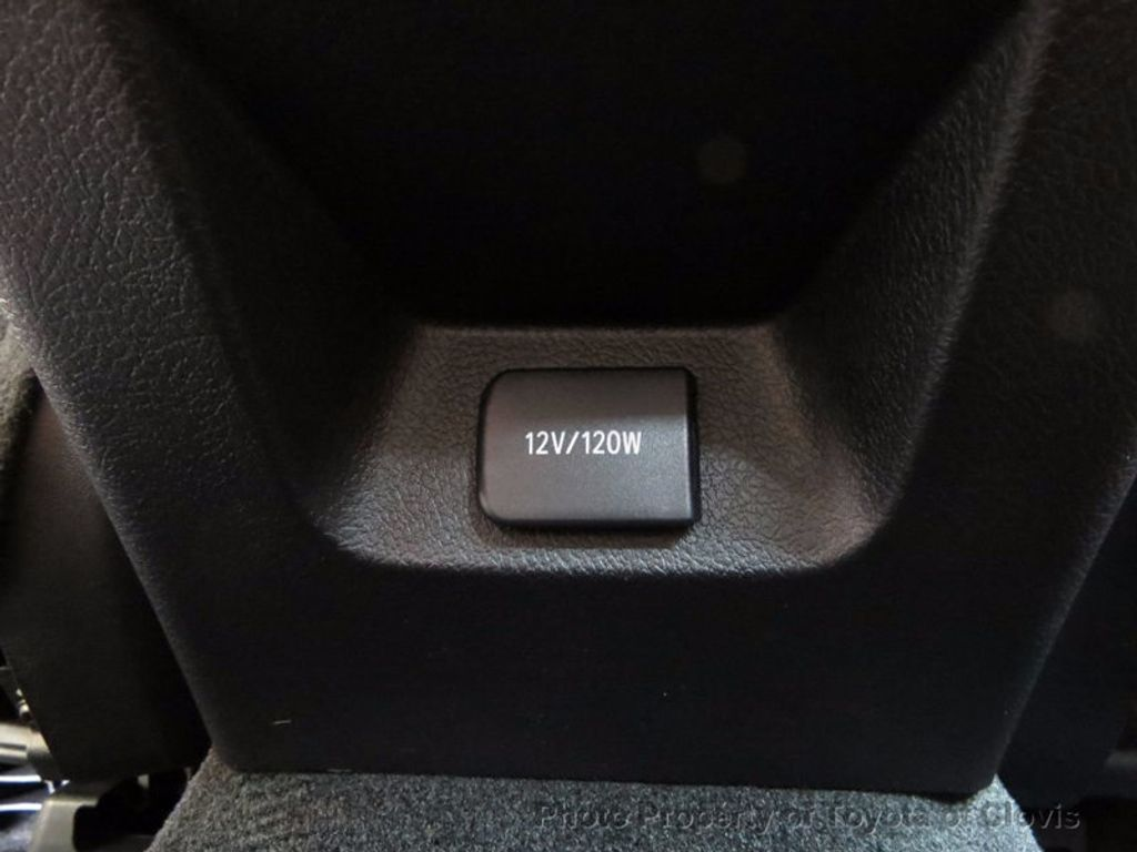 2018 Toyota Avalon XLE Premium - 16842359 - 22