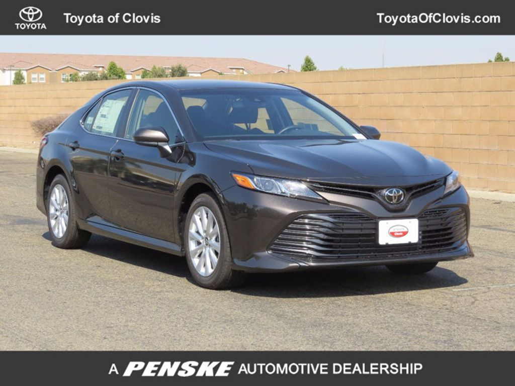 2018 Toyota Camry 4DSD - 16845874 - 0