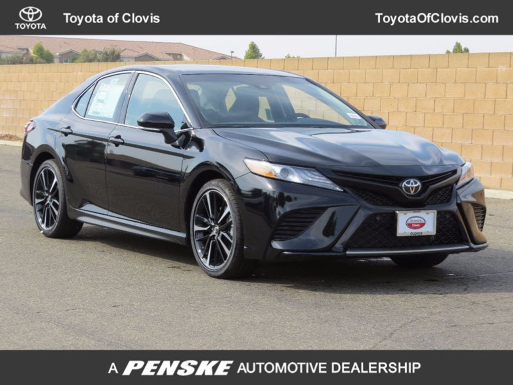 2018 Toyota Camry 4DSD - 16850407 - 0