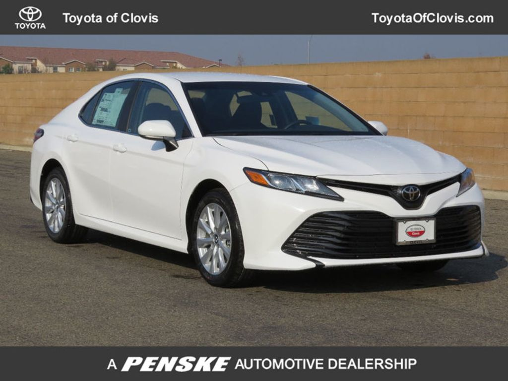 2018 Toyota Camry 4DSD - 17105493 - 0