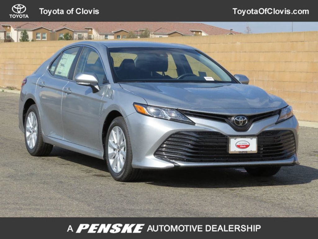 2018 Toyota Camry 4DSD - 17225907 - 0