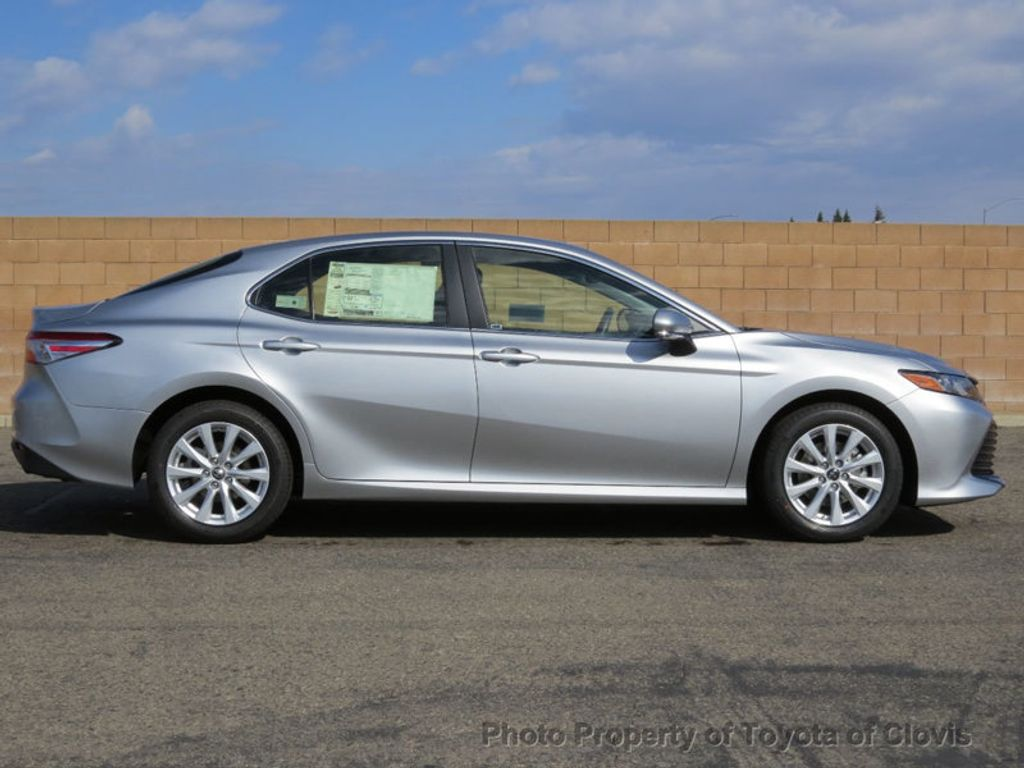 2018 Toyota Camry 4DSD - 17225907 - 1