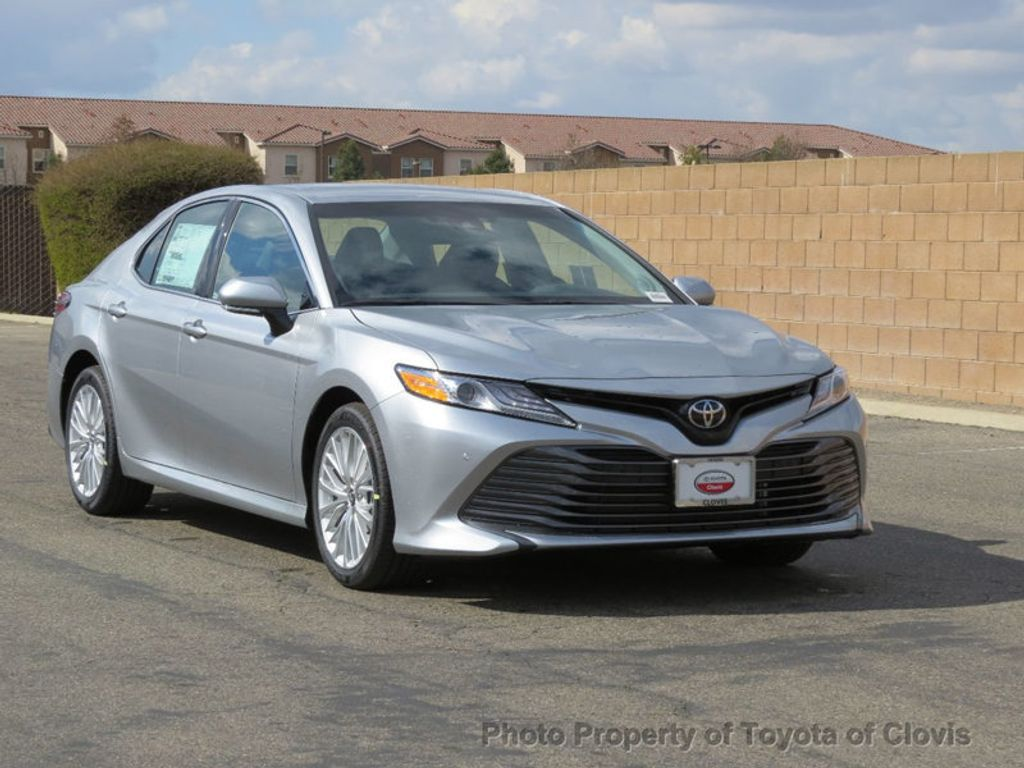 2018 Toyota Camry 4DSD - 17225907 - 21