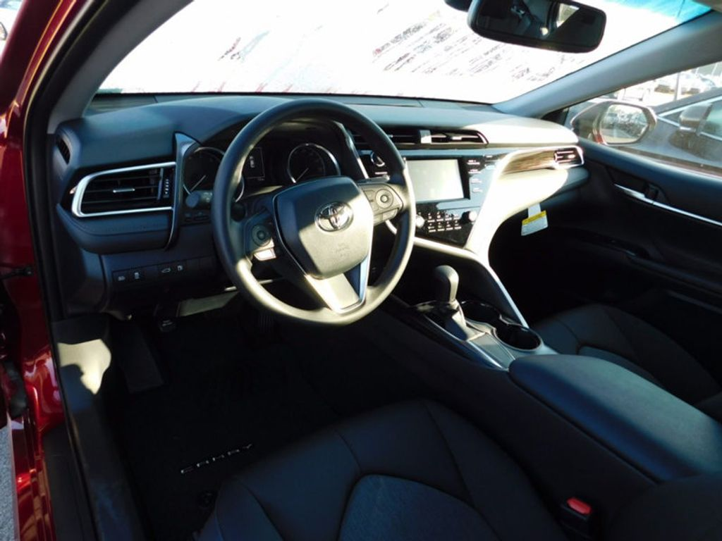 2018 Toyota Camry LE Automatic - 16776661 - 12
