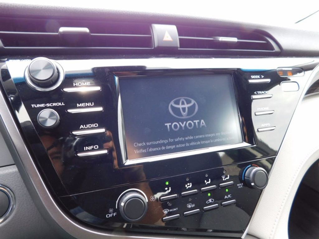 2018 Toyota Camry LE Automatic - 16834496 - 17