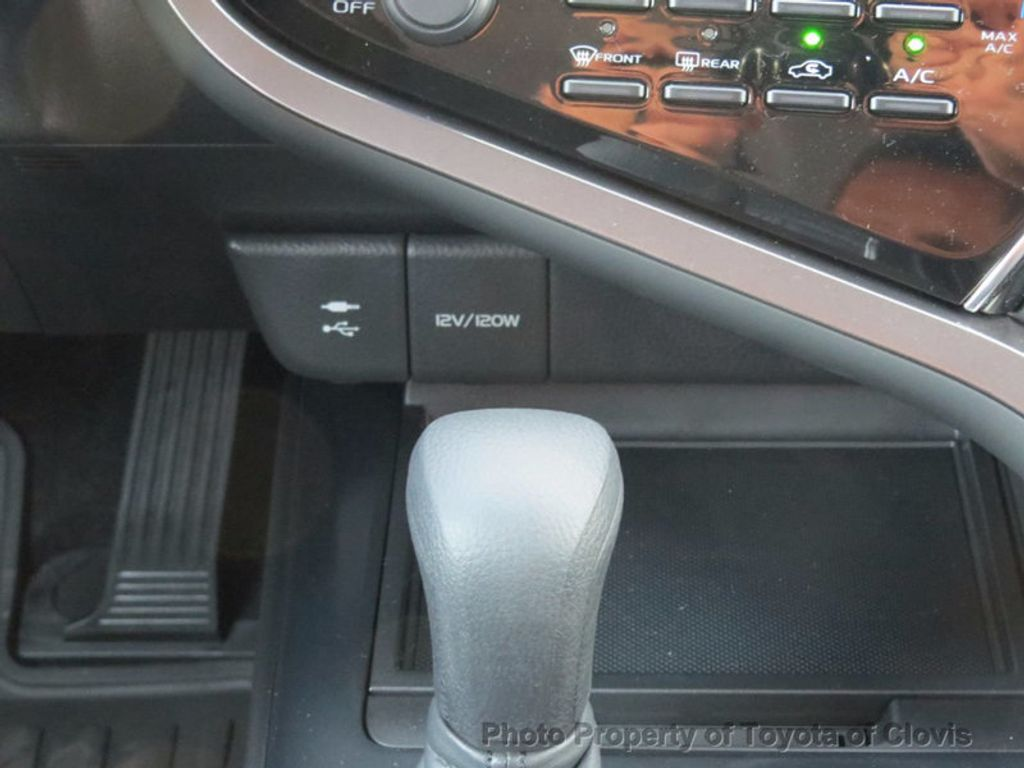 2018 Toyota Camry LE Automatic - 16636260 - 13
