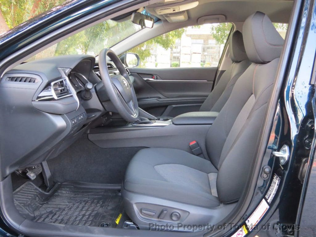 2018 Toyota Camry LE Automatic - 16636260 - 3