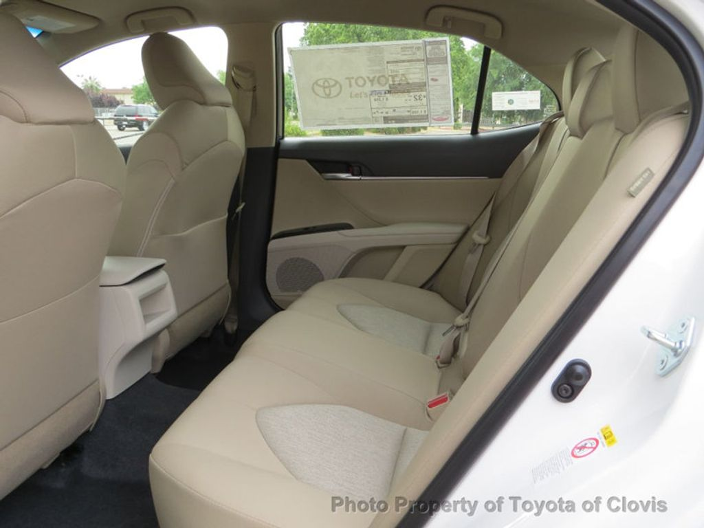 2018 Toyota Camry LE Automatic - 17698990 - 10