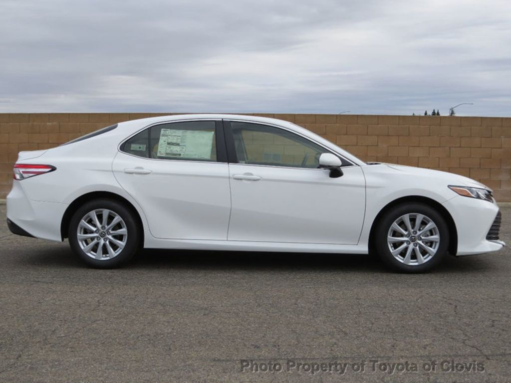 2018 Toyota Camry LE Automatic - 17698990 - 7