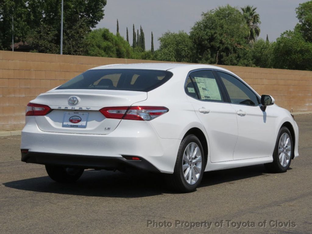 2018 Toyota Camry LE Automatic - 17732193 - 2