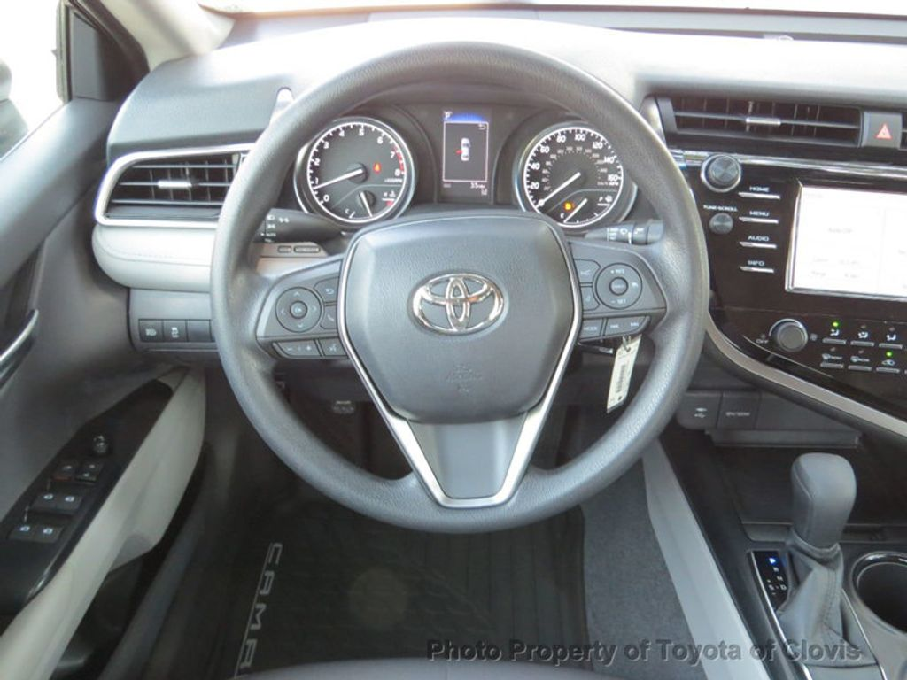 2018 Toyota Camry LE Automatic - 17732193 - 6