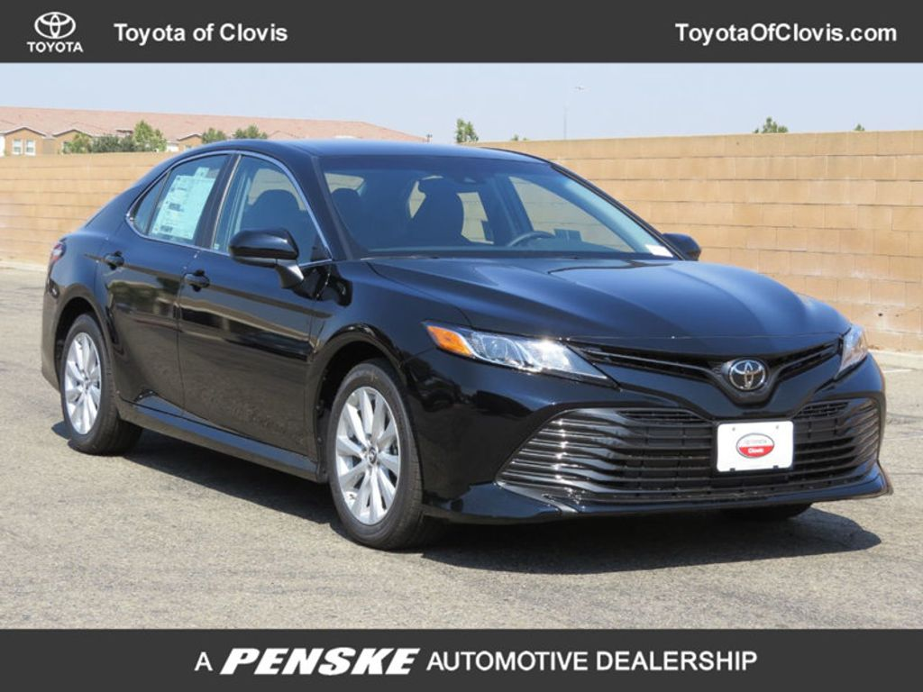2018 Toyota Camry LE Automatic - 17914203 - 0