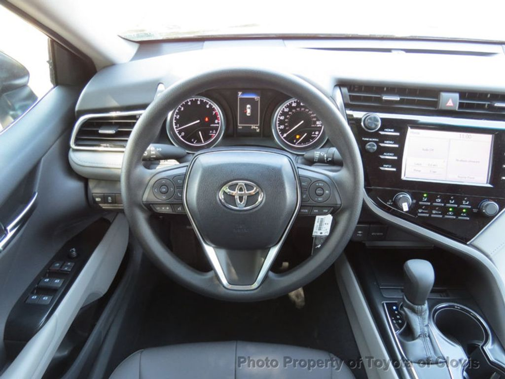 2018 Toyota Camry LE Automatic - 17914203 - 11