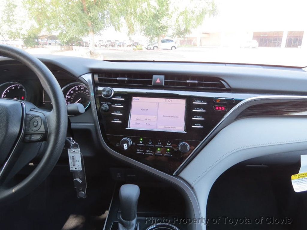 2018 Toyota Camry LE Automatic - 17914203 - 15