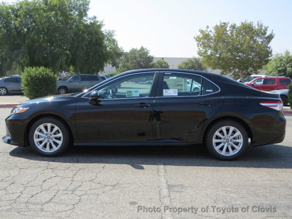 2018 Toyota Camry LE Automatic - 17914203 - 3
