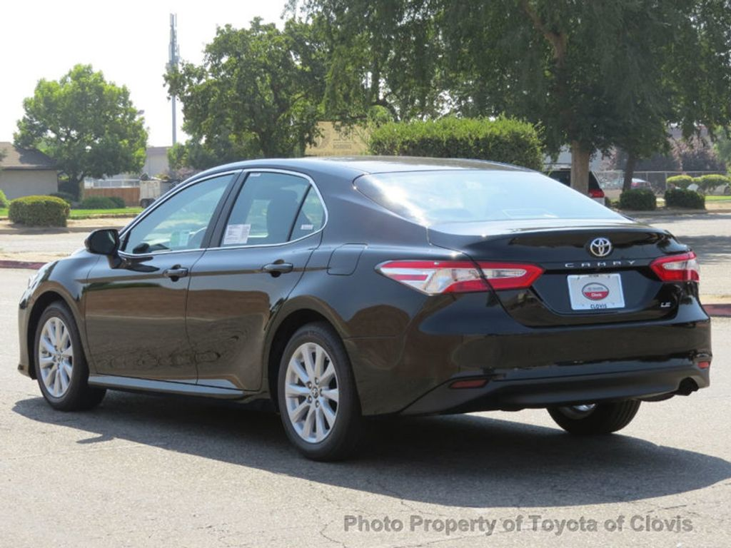 2018 Toyota Camry LE Automatic - 17914203 - 4