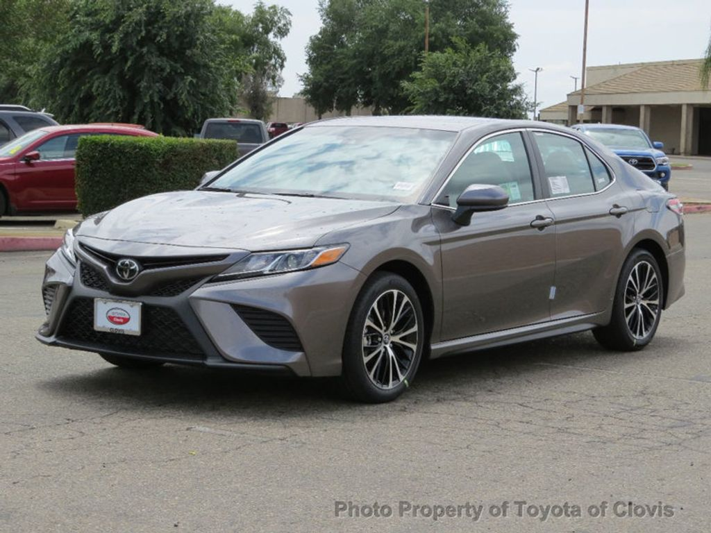 2018 Toyota Camry SE Automatic - 17634144 - 2