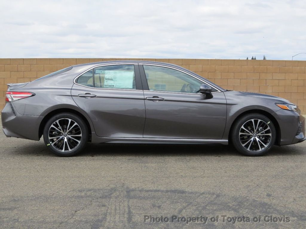 2018 Toyota Camry SE Automatic - 17634144 - 7