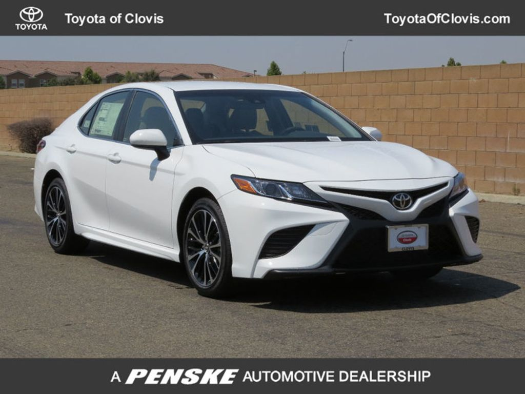 2018 Toyota Camry SE Automatic - 17674354 - 0