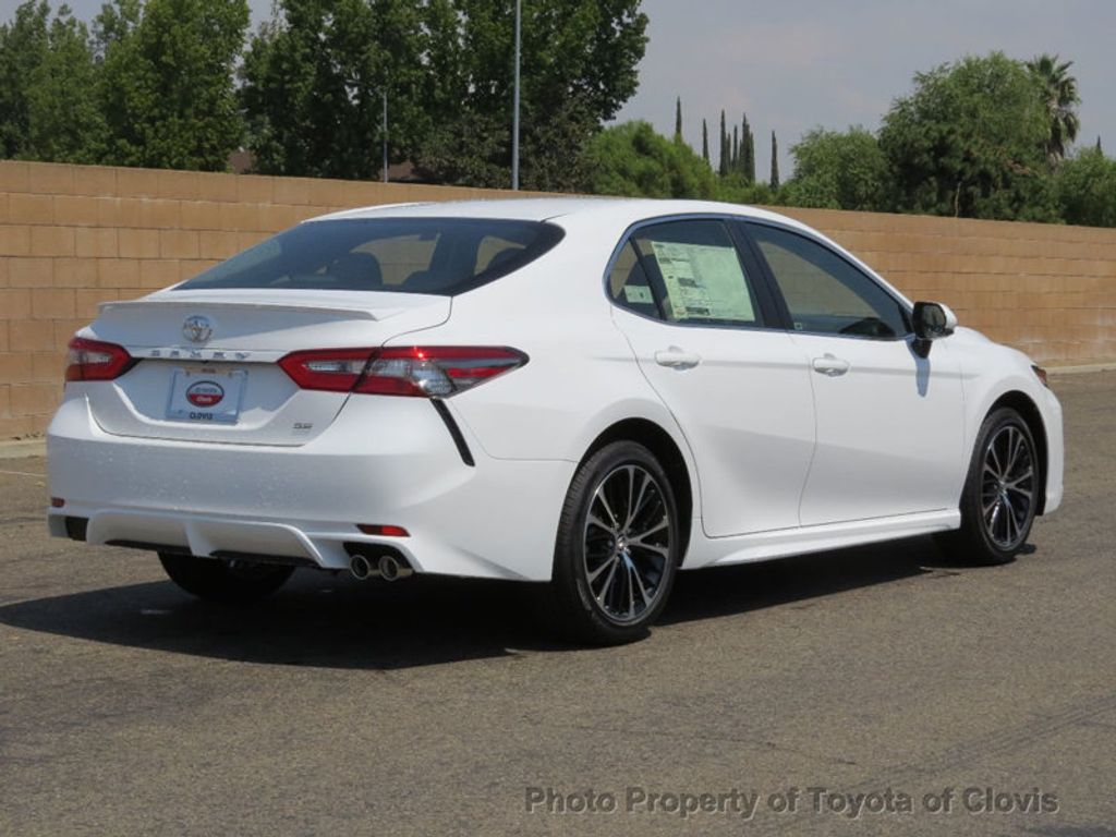 2018 Toyota Camry SE Automatic - 17674354 - 2