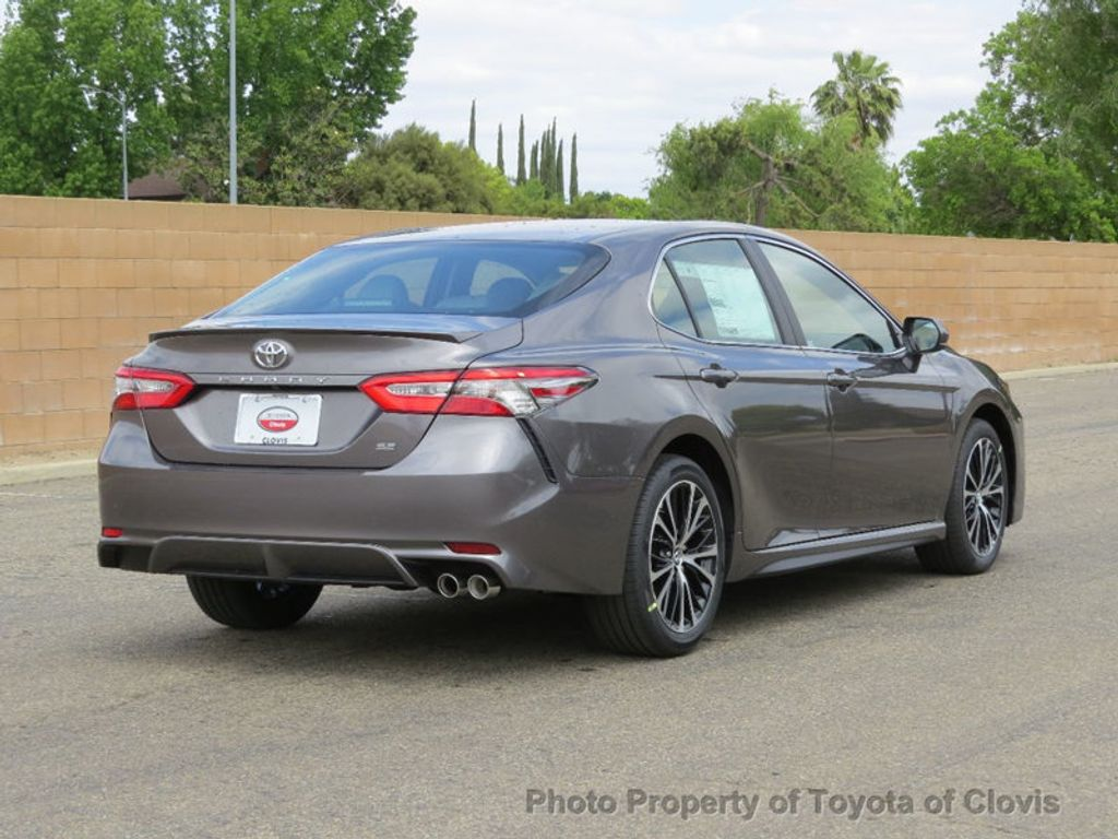2018 Toyota Camry SE Automatic - 17682706 - 6