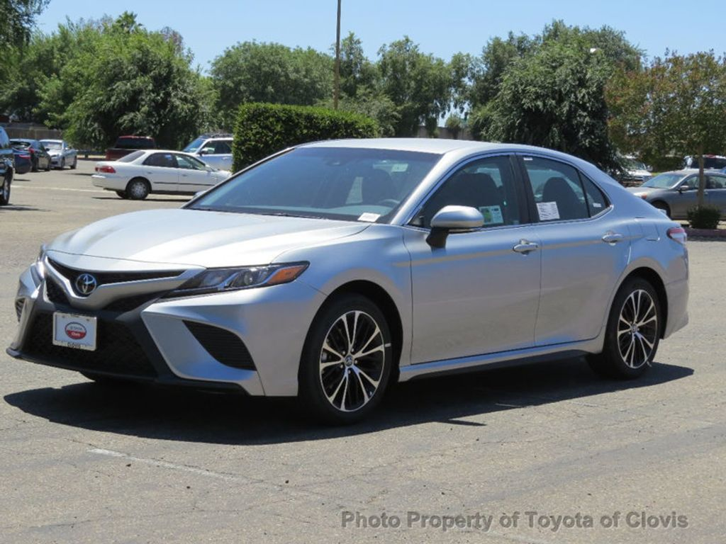 2018 Toyota Camry SE Automatic - 17827363 - 2