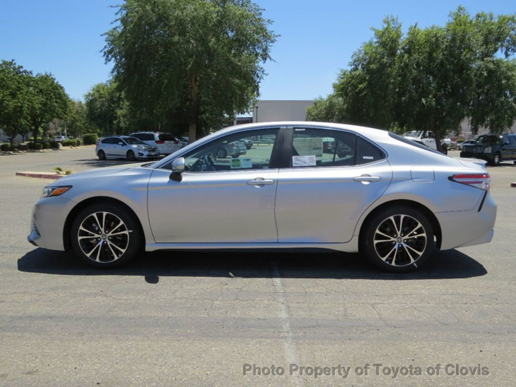 2018 Toyota Camry SE Automatic - 17827363 - 3