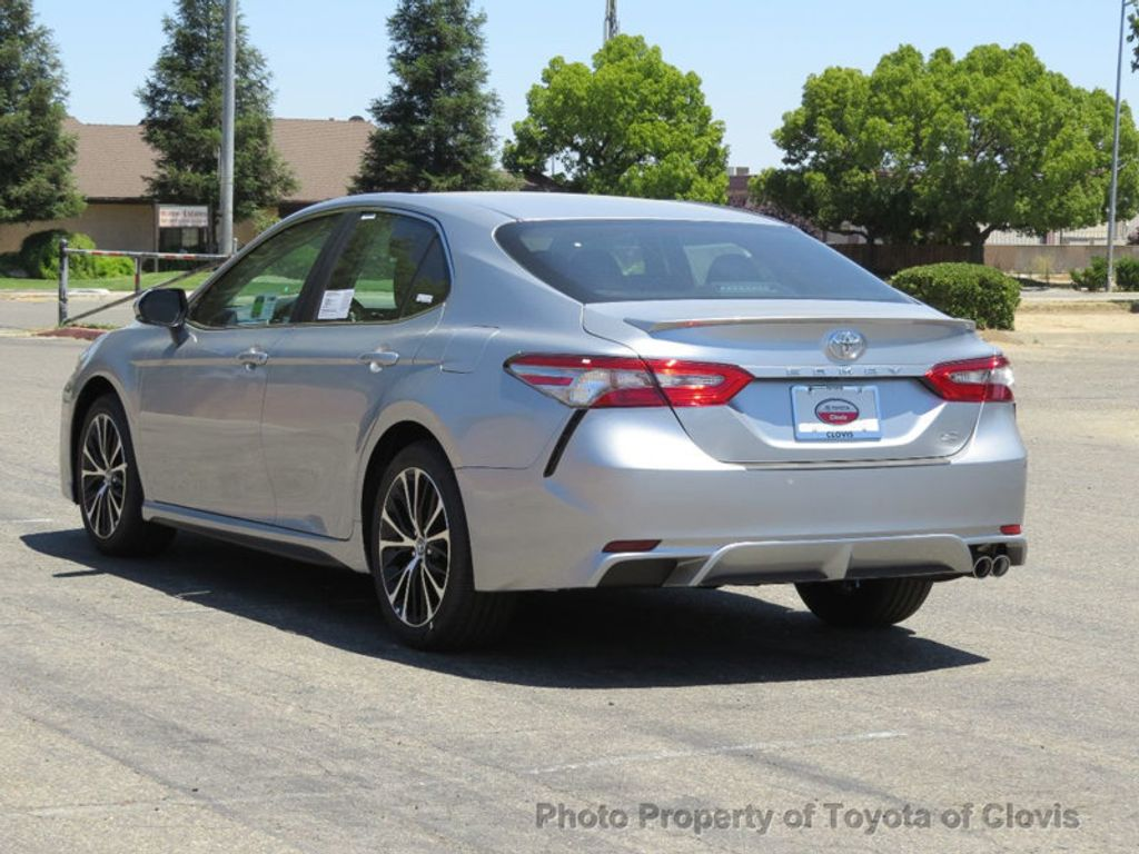 2018 Toyota Camry SE Automatic - 17827363 - 4