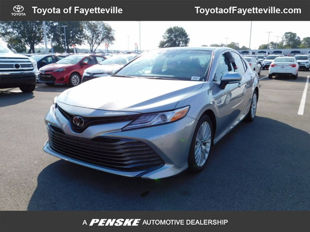2018 Toyota Camry XLE Automatic - 16834502 - 0