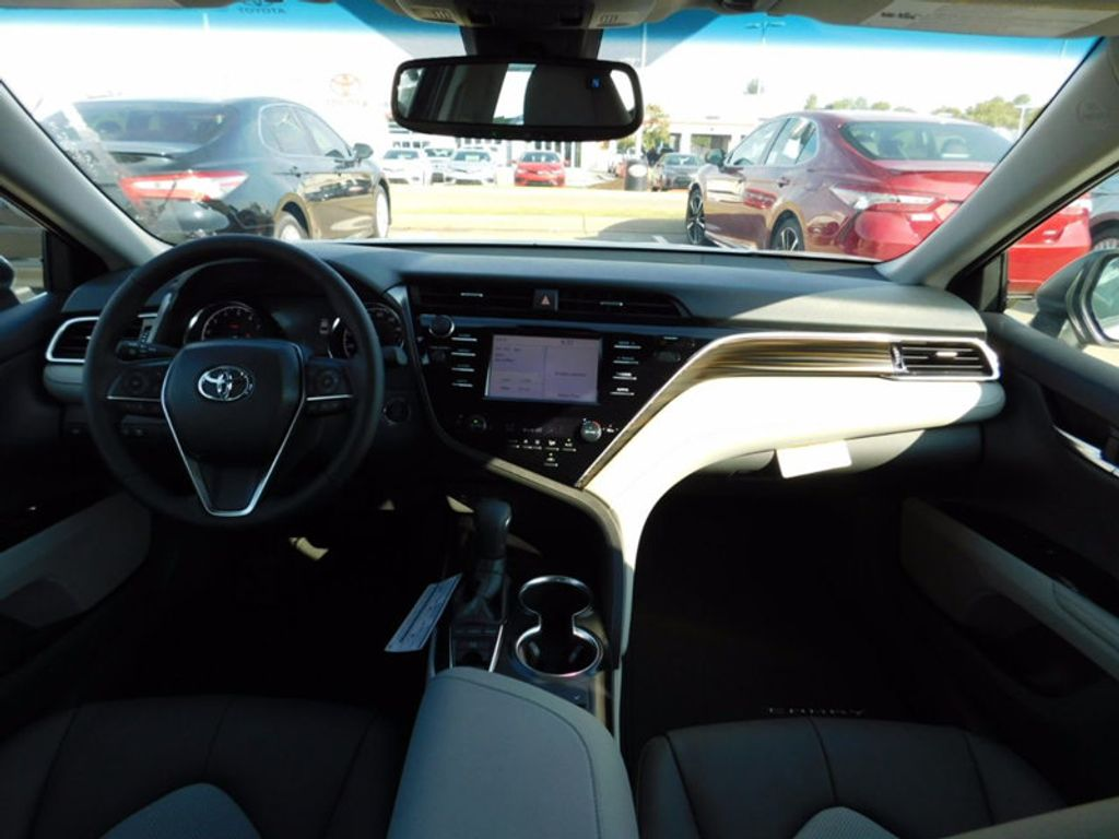 2018 Toyota Camry XLE Automatic - 16834502 - 12