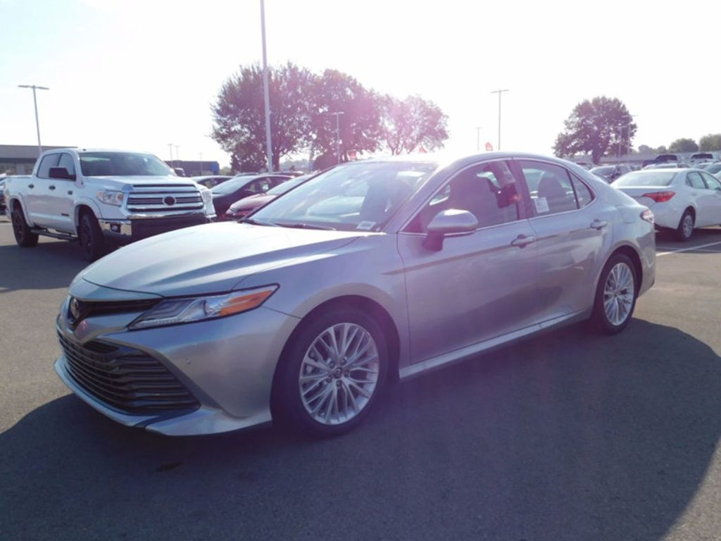 2018 Toyota Camry XLE Automatic - 16834502 - 1