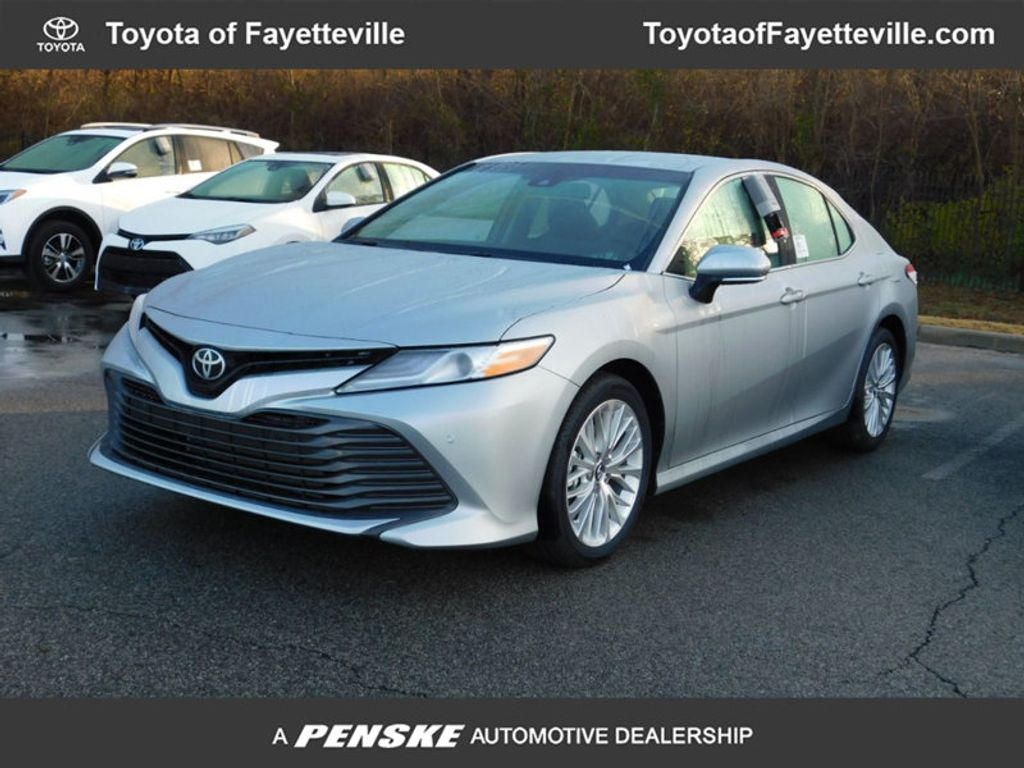 2018 Toyota Camry XLE Automatic - 17138501 - 0