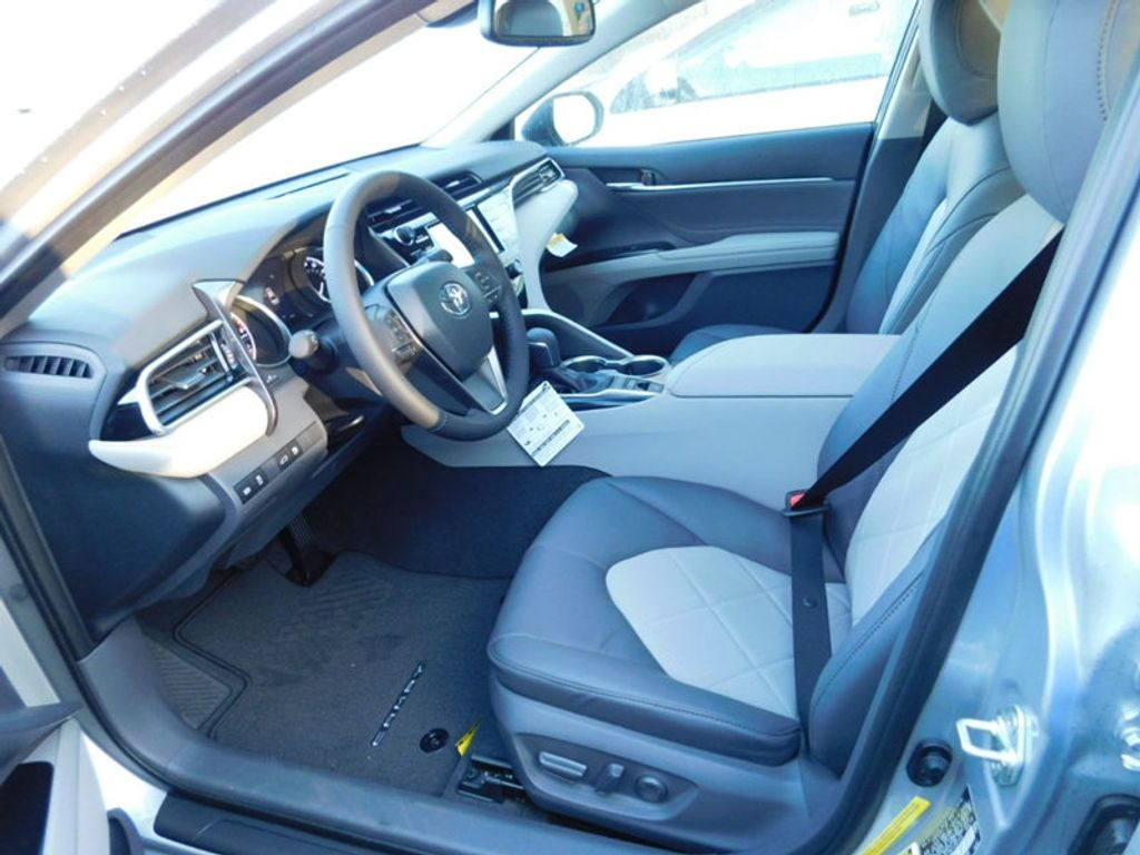 2018 Toyota Camry XLE Automatic - 17138501 - 11