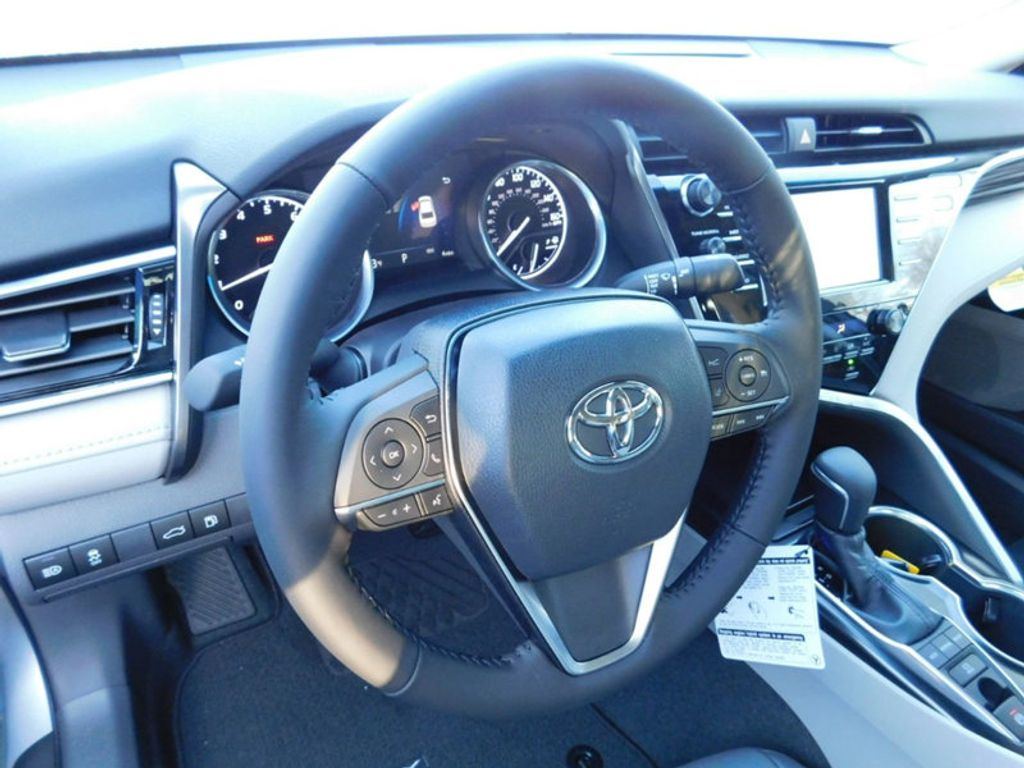 2018 Toyota Camry XLE Automatic - 17138501 - 12