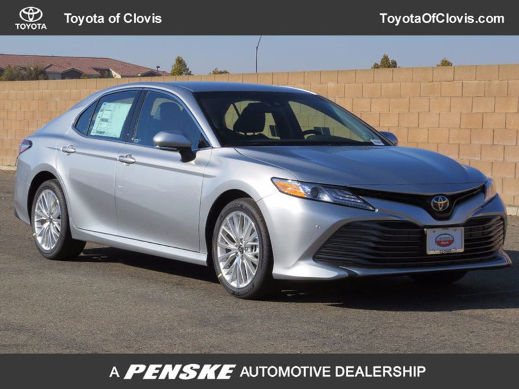 2018 Toyota Camry XLE Automatic - 16959271 - 0