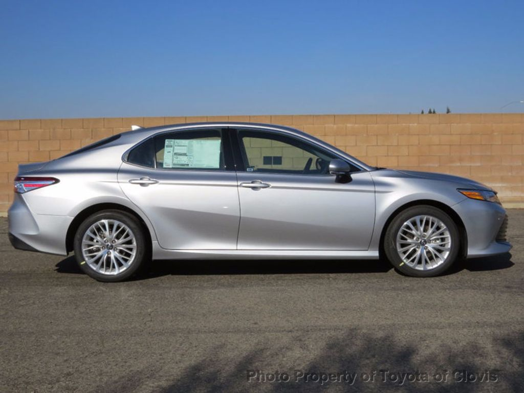 2018 Toyota Camry XLE Automatic - 16959271 - 1