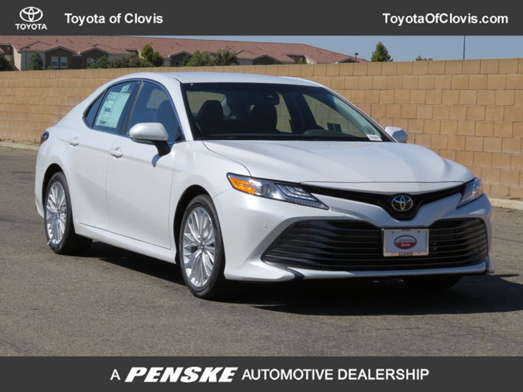 2018 Toyota Camry XLE Automatic - 17722062 - 0
