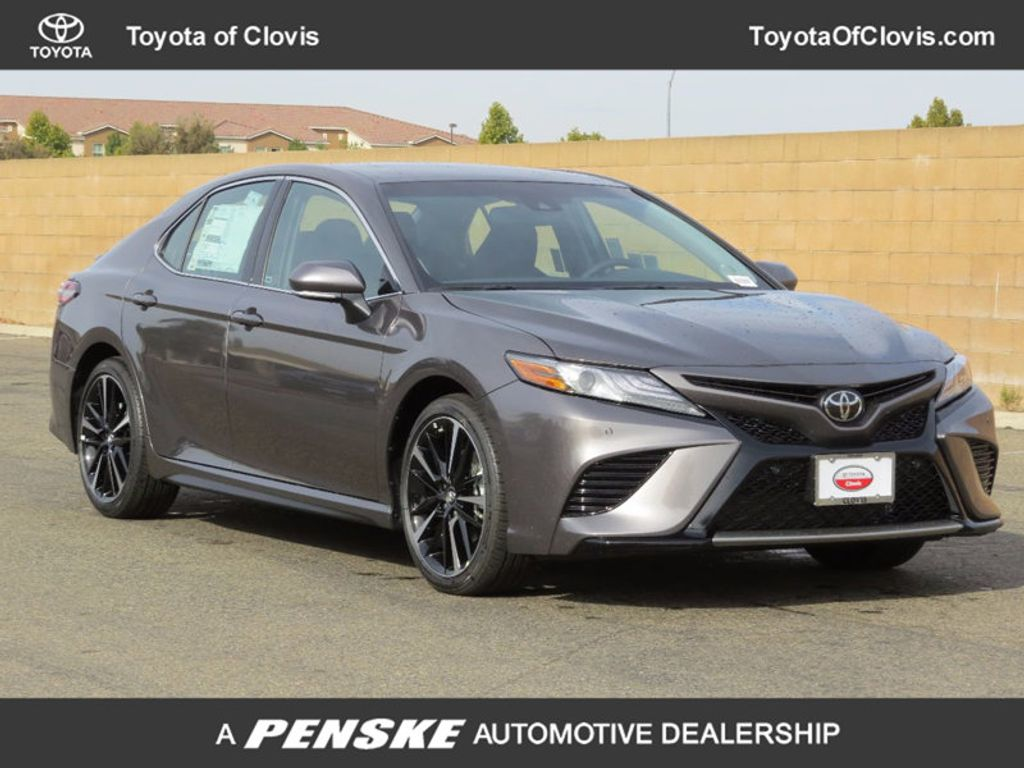 2018 Toyota Camry XSE Automatic - 16922339 - 0