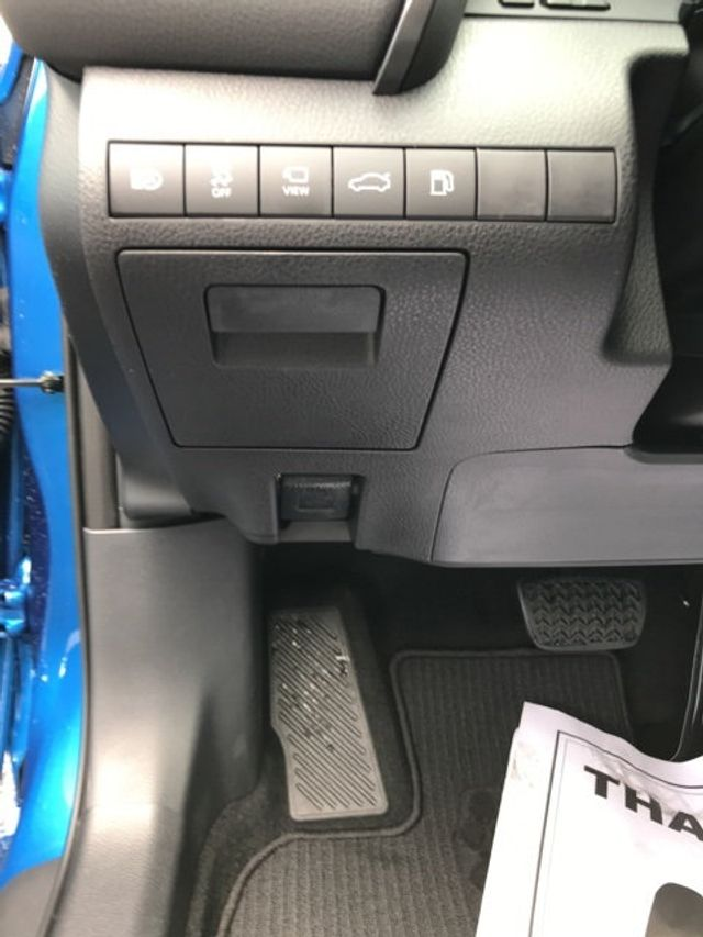 2018 Toyota Camry XSE V6 Automatic - 17713660 - 20