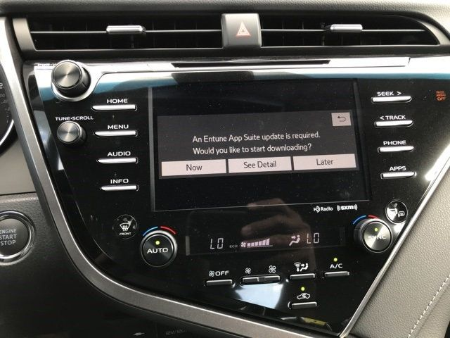 2018 Toyota Camry XSE V6 Automatic - 17713660 - 23