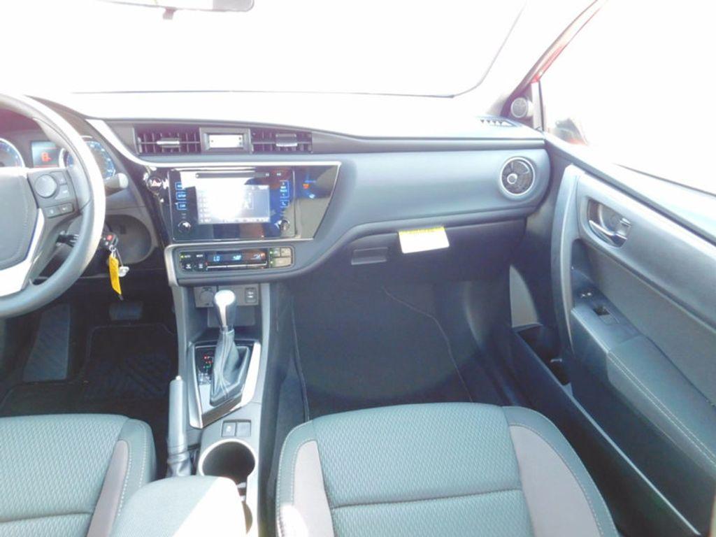 2018 Toyota Corolla LE CVT - 16834500 - 11