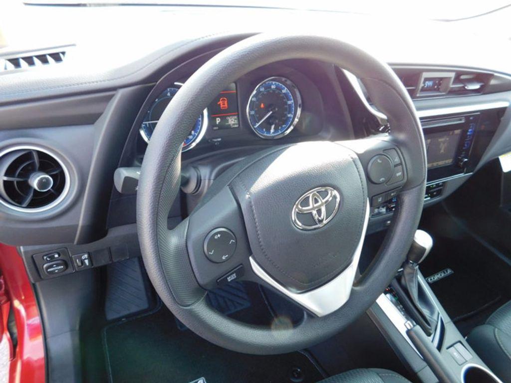 2018 Toyota Corolla LE CVT - 16834500 - 15