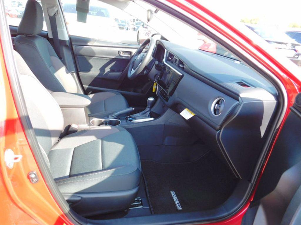 2018 Toyota Corolla LE CVT - 16834500 - 8