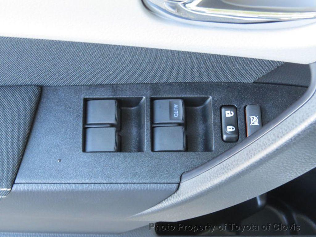 2018 Toyota Corolla LE CVT - 17162527 - 16